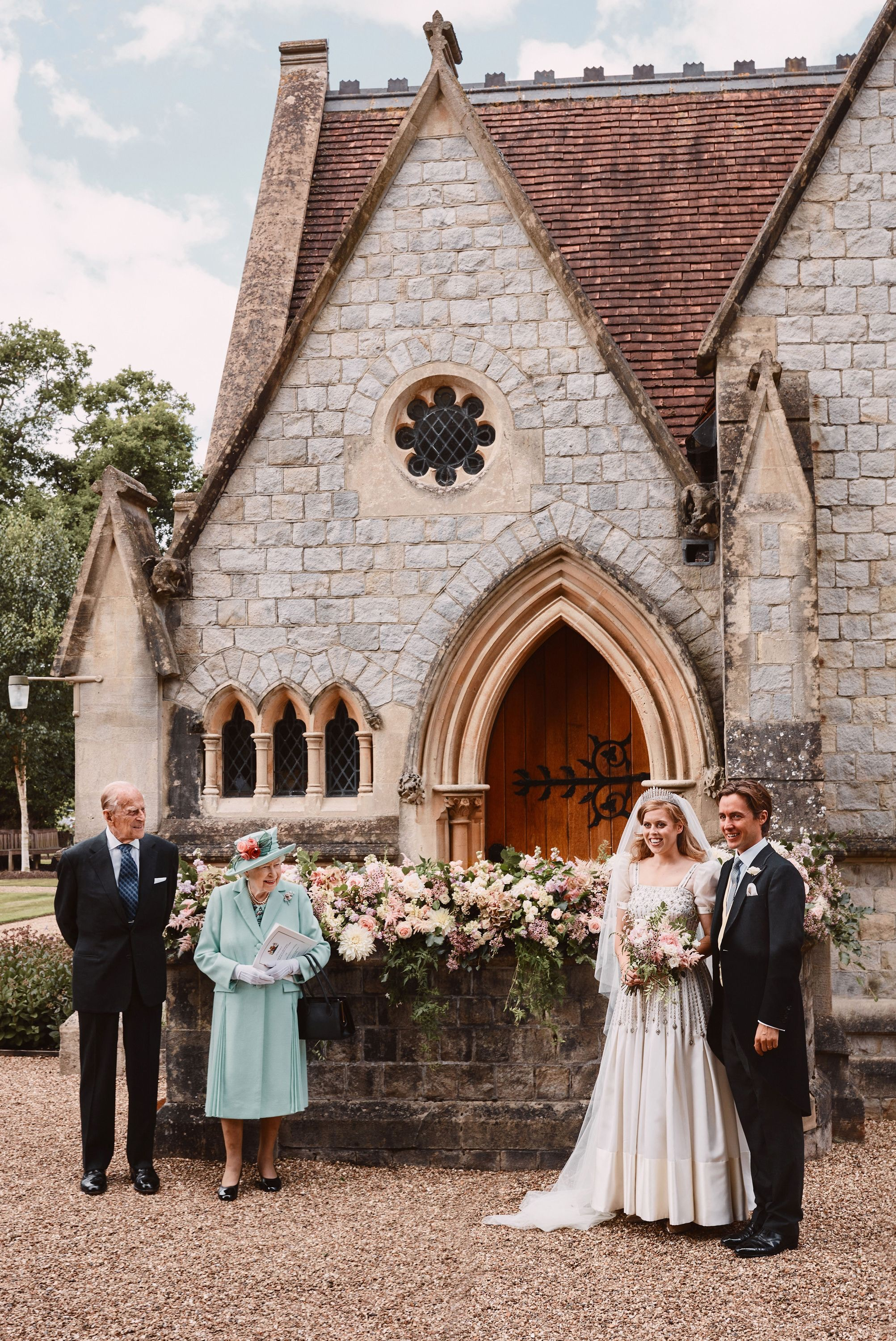 Queen Elizabeth, Prince Phillip stand socially distanced from Princess Beatrice and Edoardo Mapelli Mozzi on their wedding day