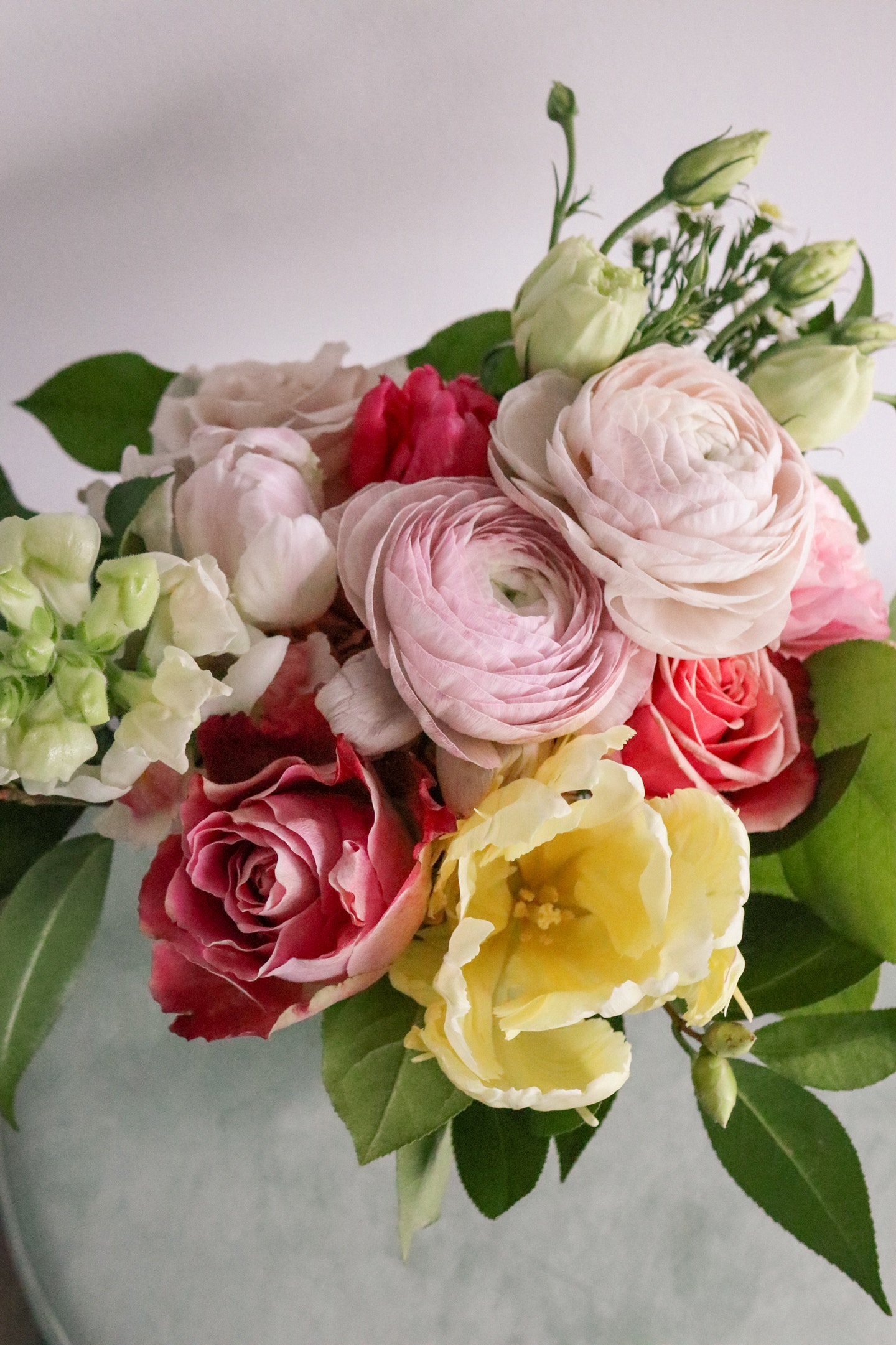 Brave Blooms Floral Subscription is a perfect mother's day gift idea!